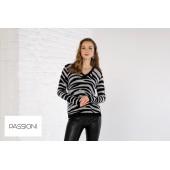 Passioni - 10100 Zachte warme pull zebra grijs zwart